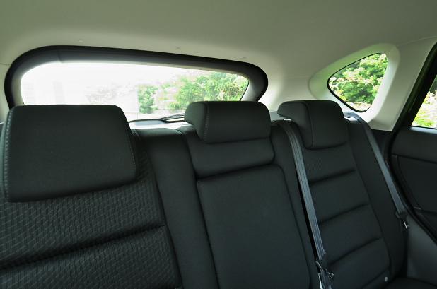 CX-5の後席