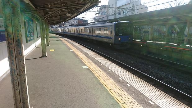 西武新宿線新井薬師前駅