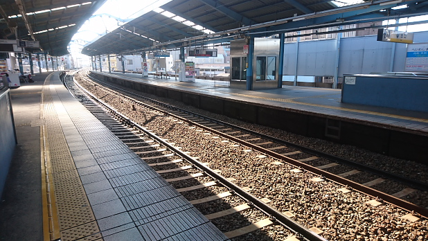 京急平和島駅